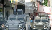Diyarbakır'da İzinsiz Miting Gerginliği