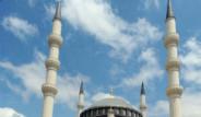 'Bu Caminin Önemli Bir Özelliği Var'