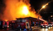 Eskişehir'de Eğlence Merkezinde Yangın