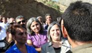 PKK'lılar BDP'li Vekillerin Yolunu Kesti