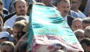 Erdoğan Teyzesini Son Yolculuğuna Uğurladı