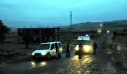 Diyarbakır'da Otomobil Tarandı