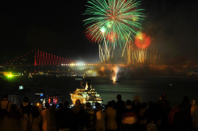 İstanbul'da Muhteşem Gösteri