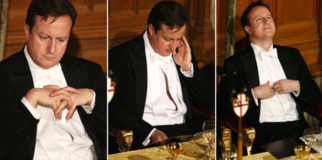 David Cameron Düğmelerini Açık Unuttu