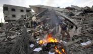 İsrail Hamas'ın Karargahını Vurdu