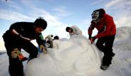 Kardan Şehit Heykelleri Yaptılar