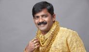 24 Ayar Altından Gömlek Yaptırdı