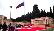 Azerbaycan 20 Ocak Şehitlerini Anıyor