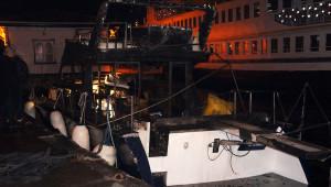 Lüks Yatta Yangın: 2 Ölü