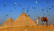 Piramitler Ülkesi Mısır