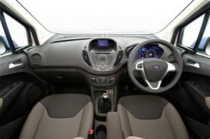 2013 Ford Transit Courier İngiltere de Tanıtıldı