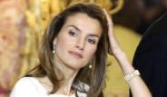 Prenses Kürtaj Yaptırdı İspanya Karıştı