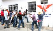 Meksika'da Öğretmen İsyanı!