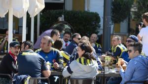 Fenerbahçe'nin İsviçreli Futbolcusu Reto Ziegler'e Aile Desteği