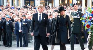 Hollanda'nın Yeni Kral ve Kraliçesi, 'Ulusal Anma' Günü Törenine Katıldı