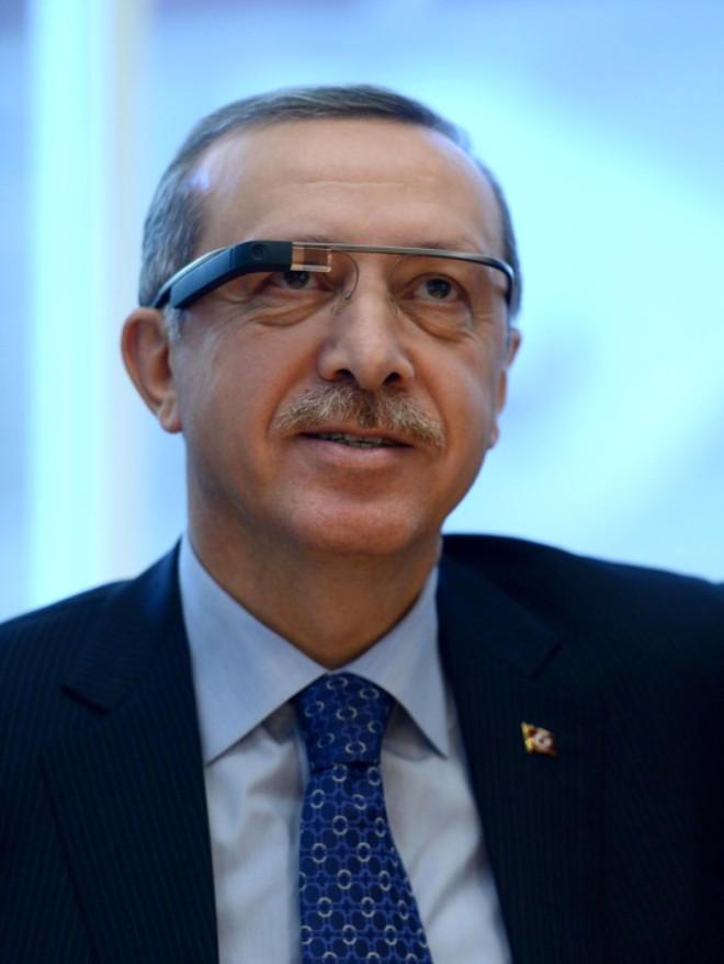 Başbakan Erdoğan Google'a Bindi