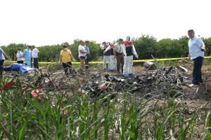 Düşen Uçağın Pilotunun Cesedi Enkazdan Çıkarıldı
