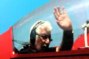 Efsane Pilotun Fotoğrafı Misafirleri Karşılamaya Devam Ediyor