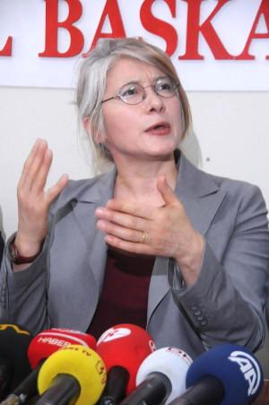 CHP'li Tarhan: Evlat Kokusunu Giderecek Bir Tazminat Daha İcat Edilmedi