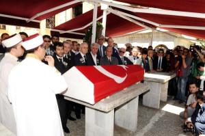 Hayri Kozakçıoğlu İçin Teşvikiye Camii'nde Tören Düzenlendi