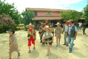 Yabancı Çocuklar West Vırgınıa Cıty'de Eğlendi