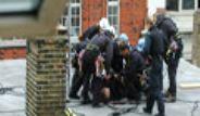 Londra'da G8 Protestocularına Polis Müdahalesi