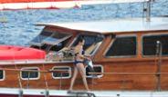 Yapımcısının Teknesinde Yakalandı!