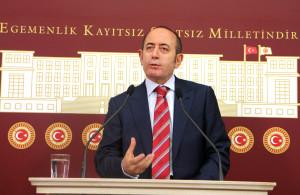 CHP'li Hamzaçebi'den TBMM'de Sessiz Protesto
