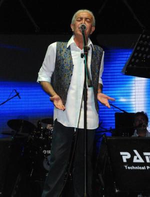 Edip Akbayram Şarkılarını 'Gezi' Eylemcilerine Armağan Etti