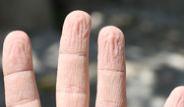 Parmakların Suda Buruşması Mucize!