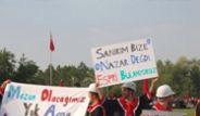 ODTÜ'de Gaz Maskeli Mezuniyet