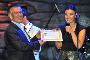 Akşehir'de Aksaç ve Orhan Konseri