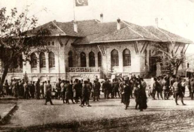 Türkiye Tarihindeki 19 İlk