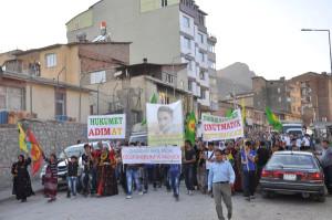 Hakkari'de BDP'den 'Hükümet Adım At' Yürüyüşü