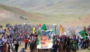 Cenazeyi Eli Silahlı PKK'lılar Karşıladı!