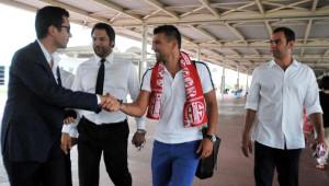 Milan Baros Antalyaspor'a İmzaya Geldi