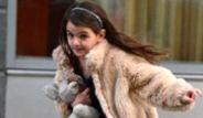 Katie Holmes'un Kızı Suri'ye Küfür