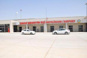 Şırnak Havalimanı'na 'Şerafettin Elçi' İsmi Asıldı