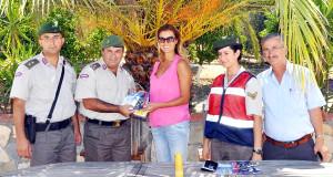 Jandarma, Tuğba Özay'a 'Komşu Kollama Projesi'ni Anlattı