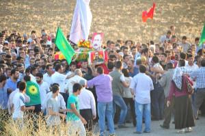 Kato Dağı'nda Bir Yıl Önce Mayına Basarak Ölen PKK'lı Muş'ta Toprağa Verildi (2)