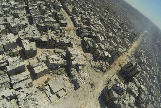 Humus'ta 350 Bin Kişi Yok Oldu