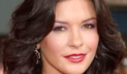 Catherine Zeta Jones, 300 Milyon Dolar Tazminat İstedi