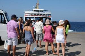 Bozcaada Bayramda Tatilcilerin Akınına Uğradı