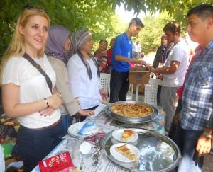 Boşnak Vatandaşlar Karamürsel'de 'Teferiç Pita Şenliği'nde Buluştu
