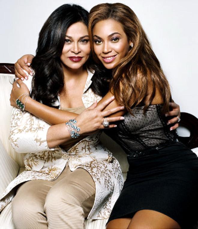 Ünlülerin Güzeller Güzeli Anneleri
