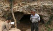 Çinli Baba Oğlunu Mağaraya Zincirledi