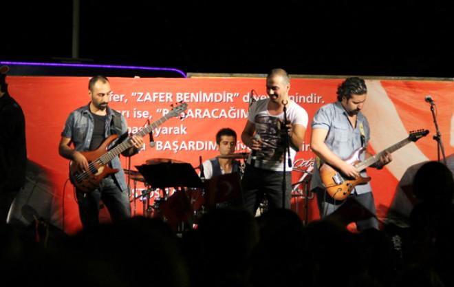 Siren Grubu İlk Albümü Figan-ı Eyvah ile Çanakkale'de Konser Verdi