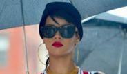 Rihanna Yeni Tarzıyla New York Sokaklarında
