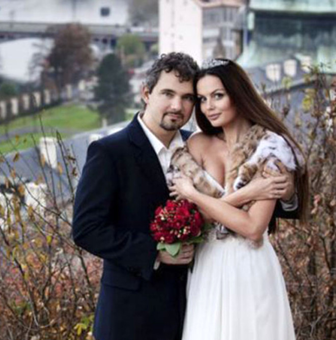 Rus Modeli Kocası AIDS'li Olduğu İçin Öldürdü
