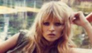 Ünlü Manken Kate Moss'un Fotoğrafları Açık Artırmaya Çıktı